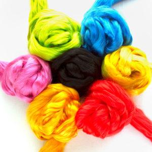 barevné hedvábí