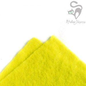 citronově žlutá